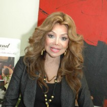 <h4>LaToya Jackson</h4>LaToya Jackson enjoyed pieces from the Connoisseur Collection.